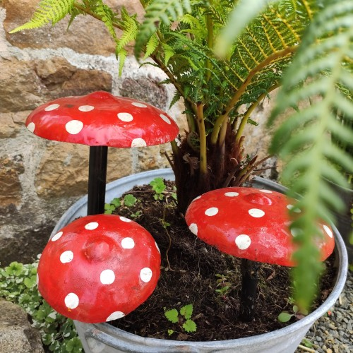 Set of 3 painted mushrooms