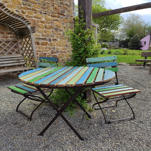 Folding table and two chairs made from recycled wood
